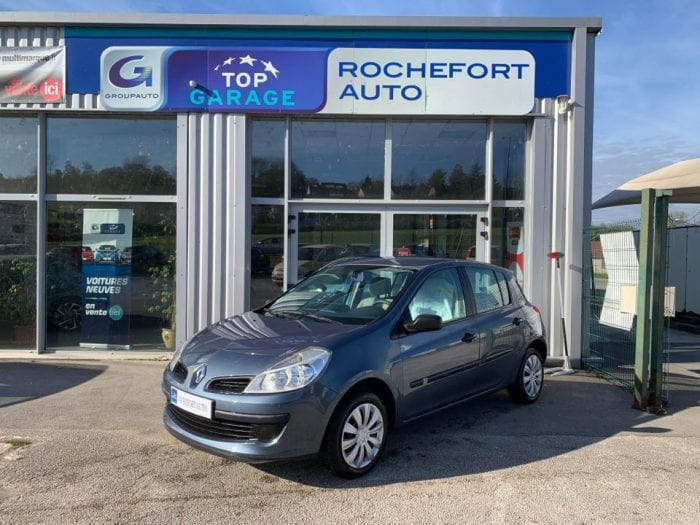 Renault CLIO III 1.2 16V 75CH CONFORT EXPRESSION 5P - Image 1