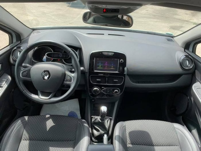 Renault CLIO ESTATE IV 1.2 TCE 120CH ENERGY INTENS - Image 17