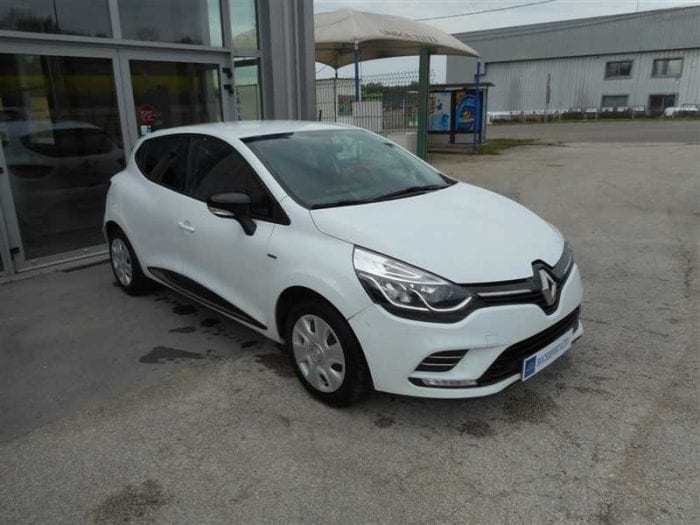 Renault CLIO 1.2 75CH LIMITED - Image 2