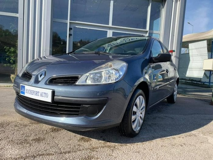 Renault CLIO III 1.2 16V 75CH CONFORT EXPRESSION 5P - Image 2