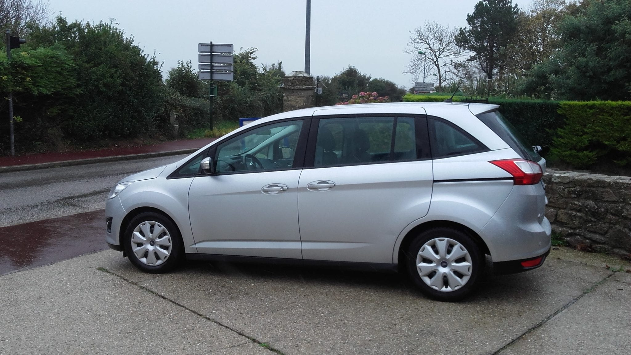Ford grand c-max  7places - Image 1