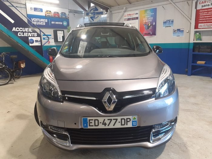 Renault Grand Scenic III 1.5 DCI 110 CH BOSE EDITION 7PL - Image 2