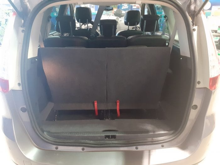 Renault Grand Scenic III 1.5 DCI 110 CH BOSE EDITION 7PL - Image 5