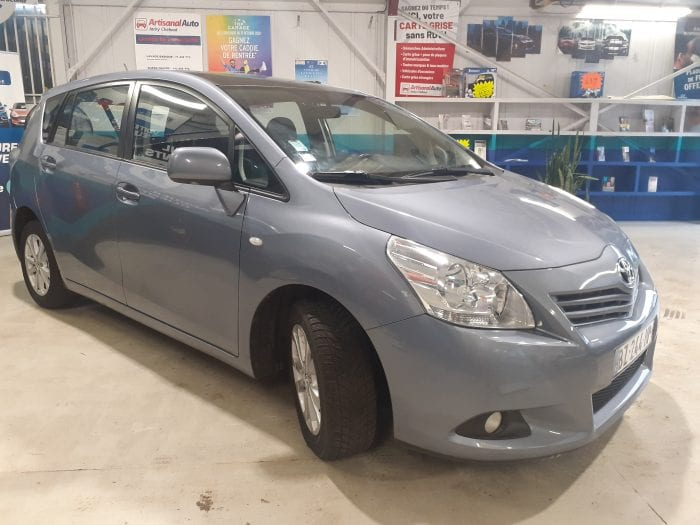 Toyota Verso 2.0 D4D 126ch Skyview connect 5 pl - Image 3