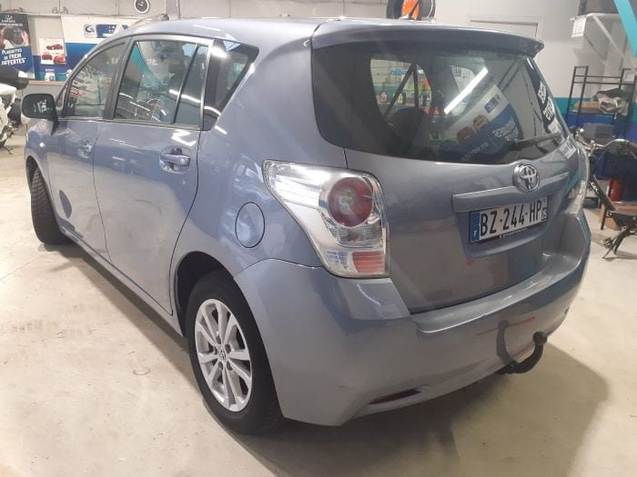 Toyota Verso 2.0 D4D 126ch Skyview connect 5 pl - Image 4