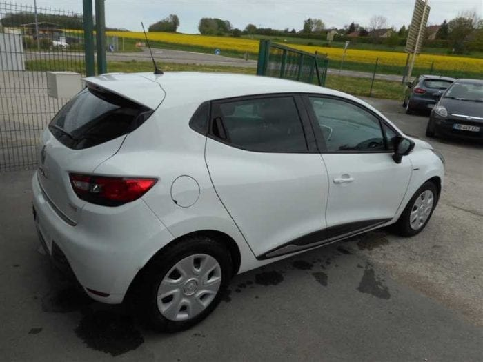 Renault CLIO 1.2 75CH LIMITED - Image 4