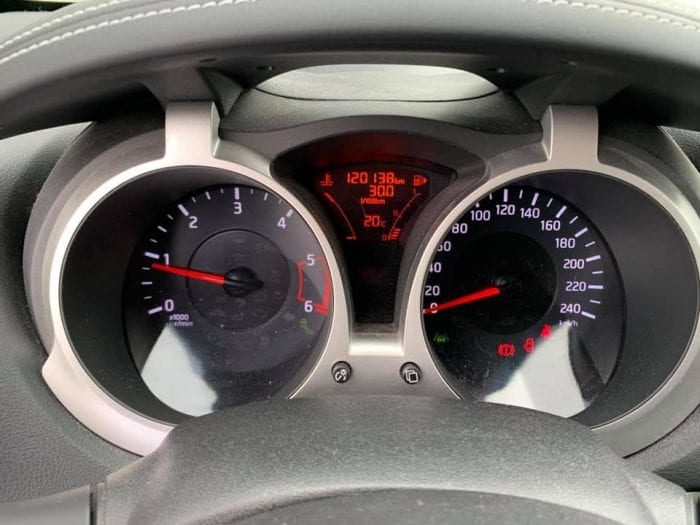 Nissan JUKE 1.5 DCI 110CH CONNECT EDITION - Image 9