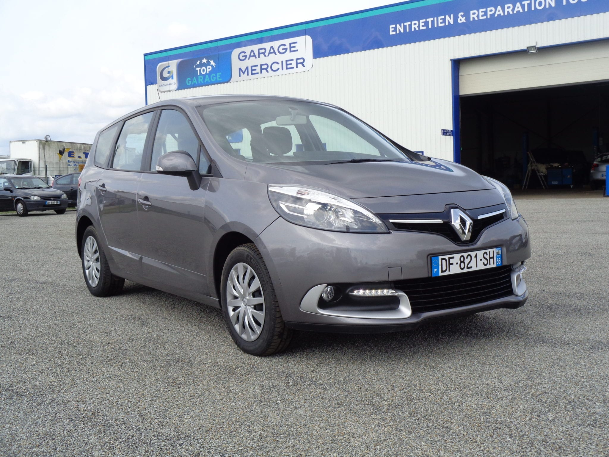RENAULT GRAND SCENIC DCI 110 ENERGY LIFE ECO2 7 PLACES - Image 1