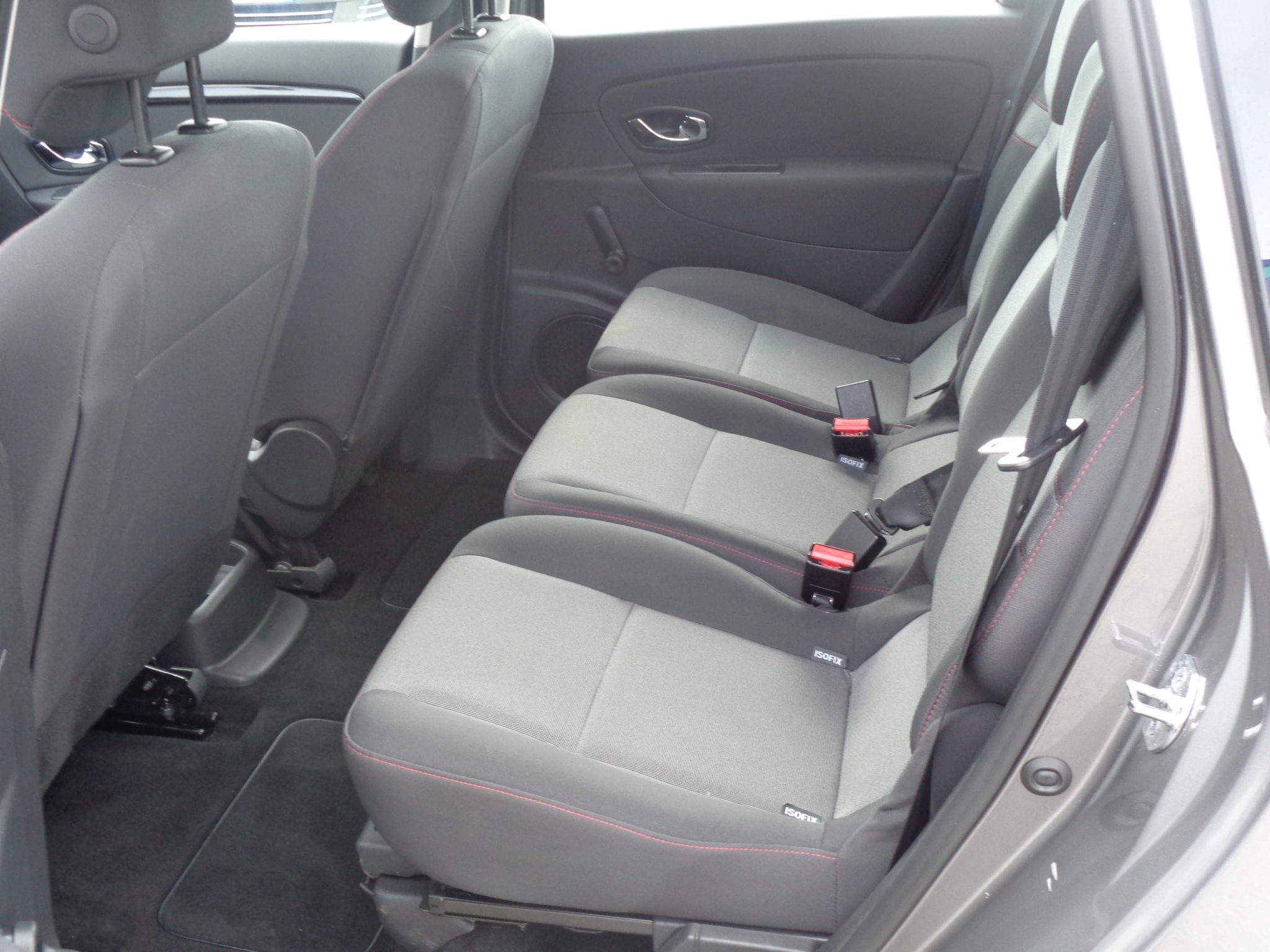 RENAULT GRAND SCENIC DCI 110 ENERGY LIFE ECO2 7 PLACES - Image 4