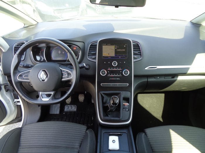 Renault Scenic 4 1.5 dci 110 energy business - Image 5