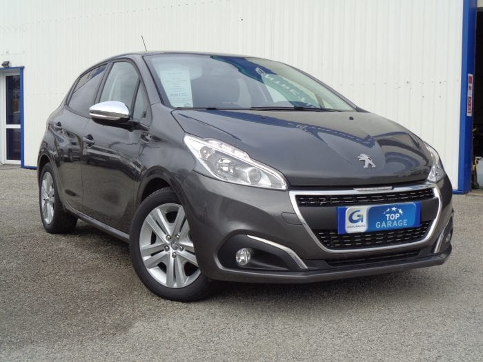 Peugeot 208 1.5 BLUE-HDI 100ch S&S BVM5 SIGNATURE - Image 1