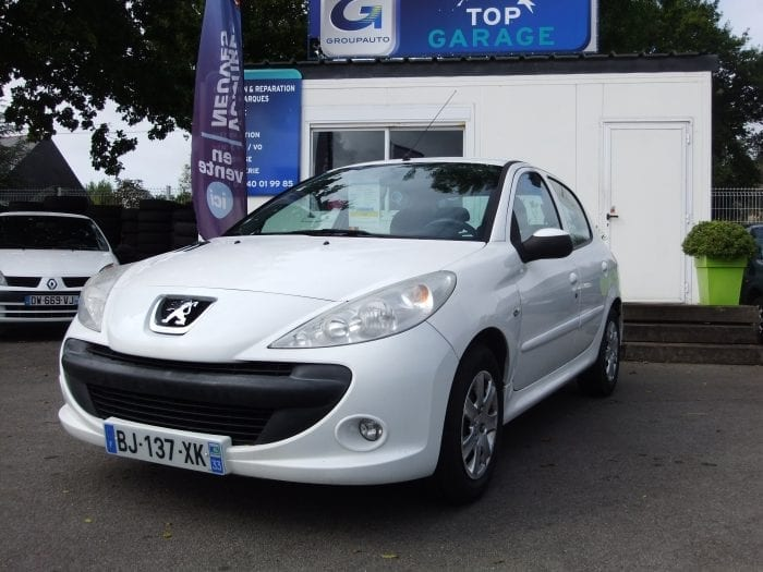 Peugeot 206 + 1.4 Hdi BLUE LION TRENDY - Image 1