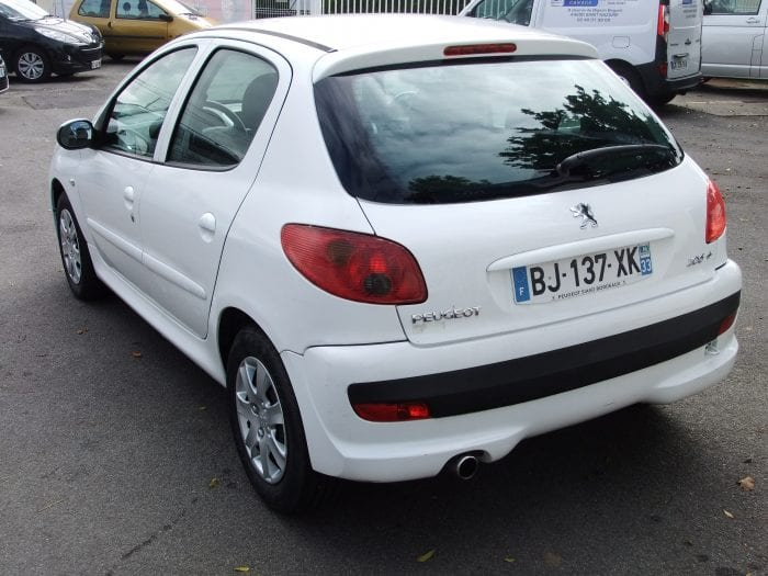 Peugeot 206 + 1.4 Hdi BLUE LION TRENDY - Image 3