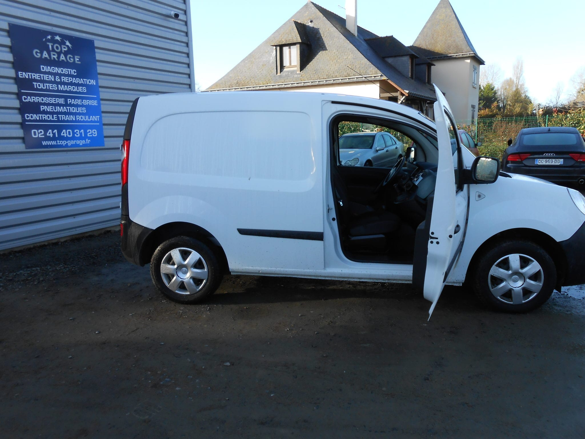 Renault KANGOO II EXPRESS DCI 70CH GRAND CONFORT - Image 2