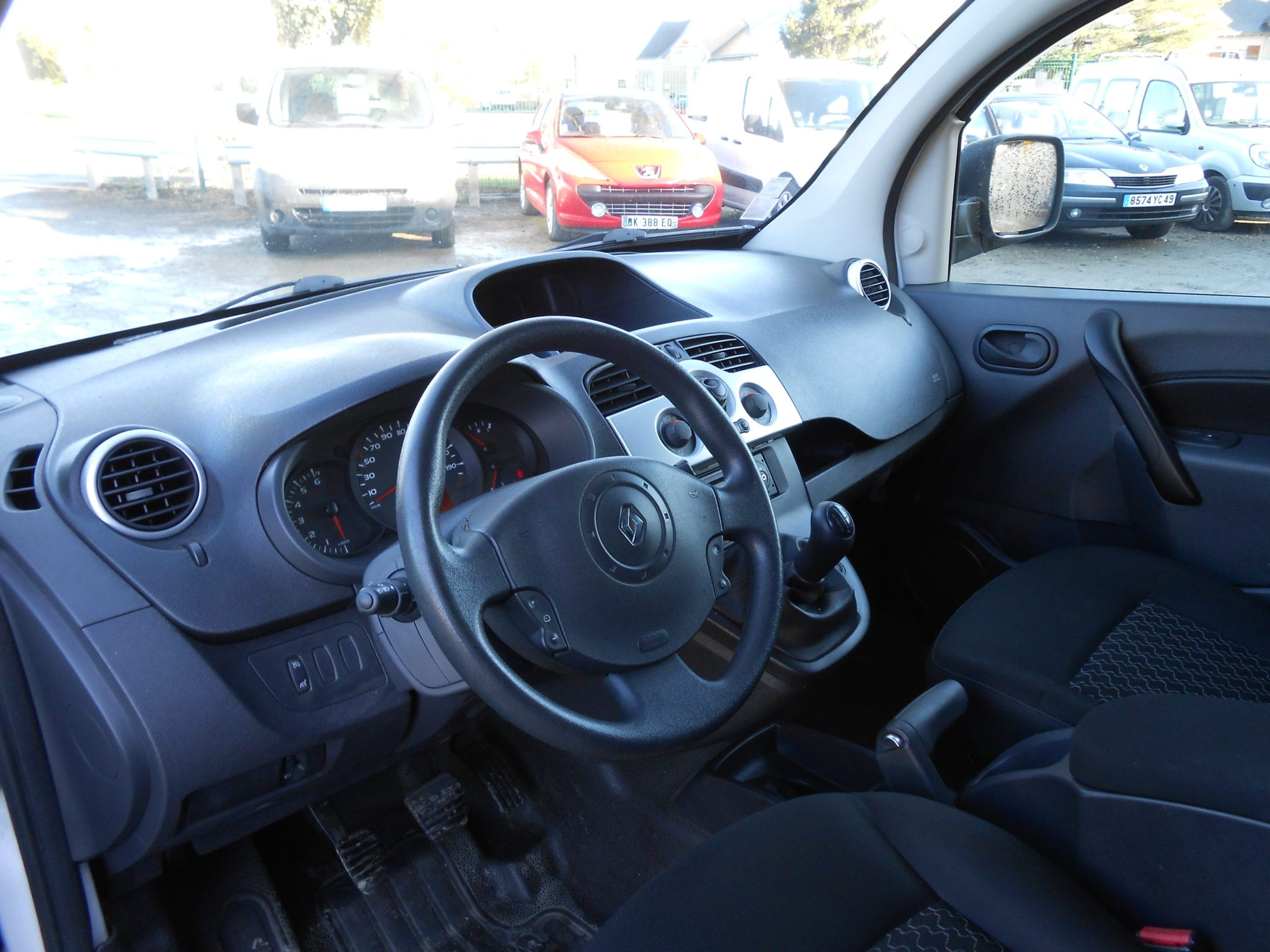 Renault KANGOO II EXPRESS DCI 70CH GRAND CONFORT - Image 3