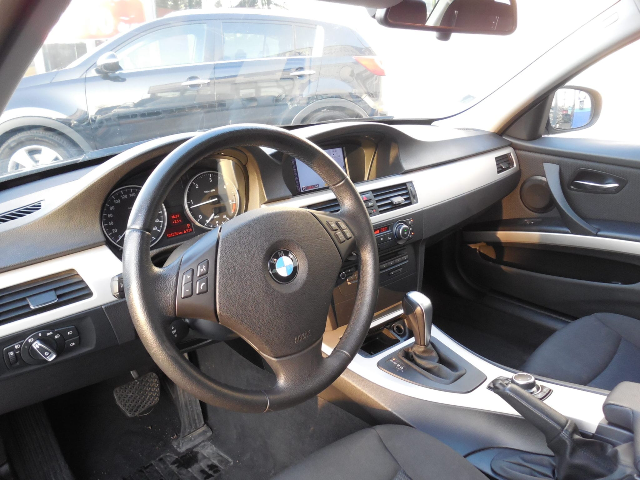 Bmw Bmw Serie 3 Edition business 184cv  - Image 3