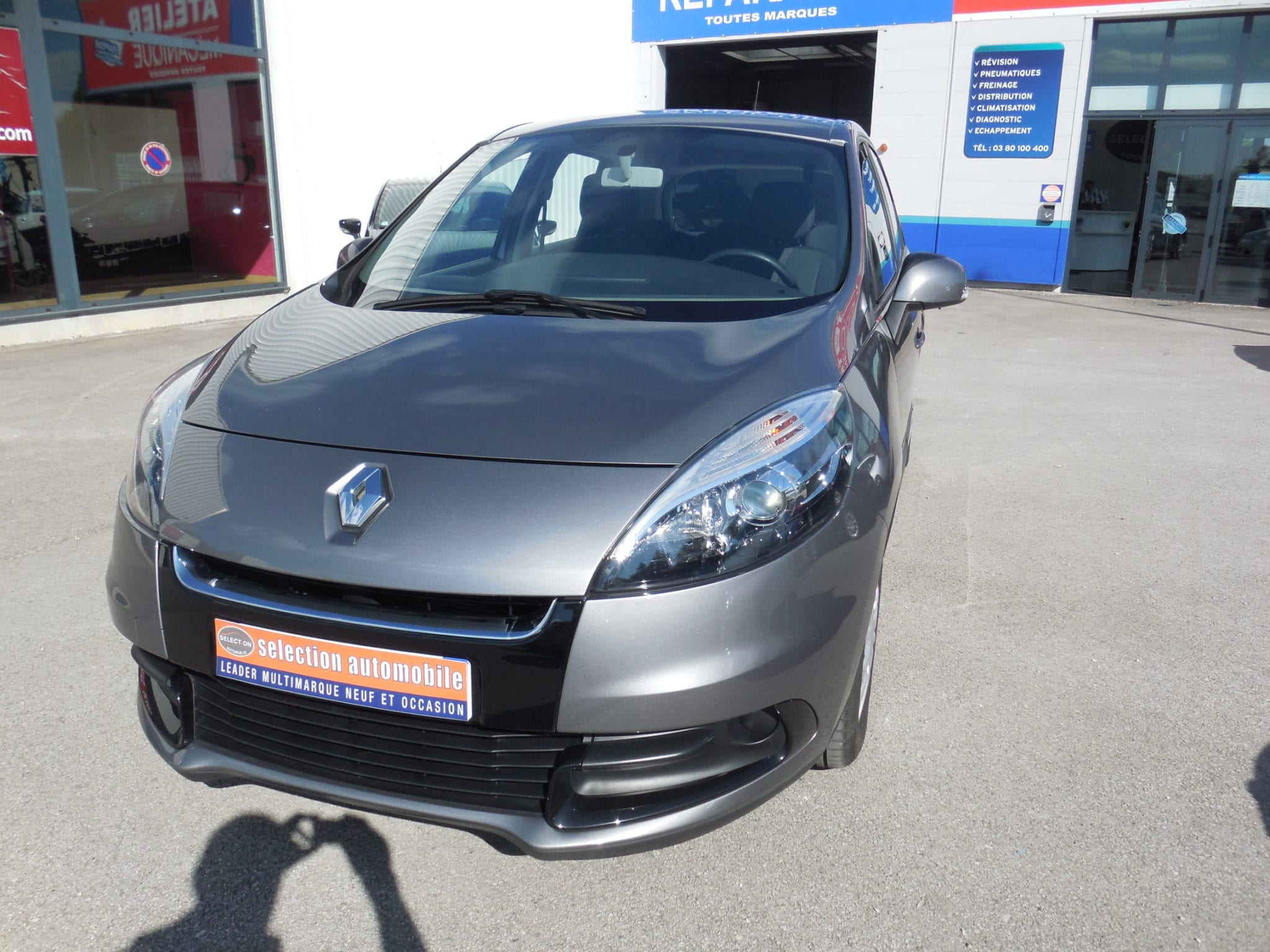 Renault SCENIC - Image 1