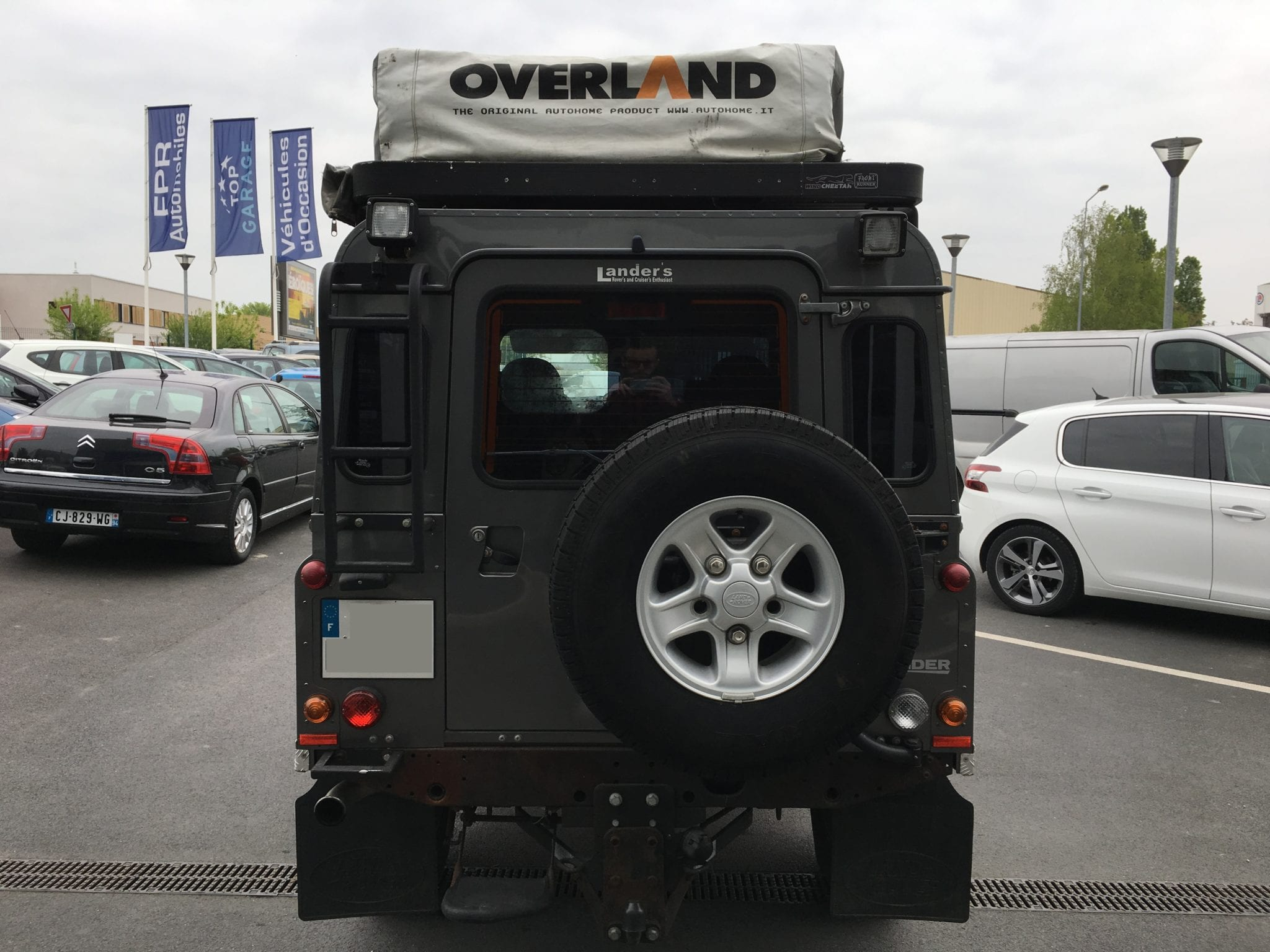 Land_Rover  DEFENDER  - Image 4