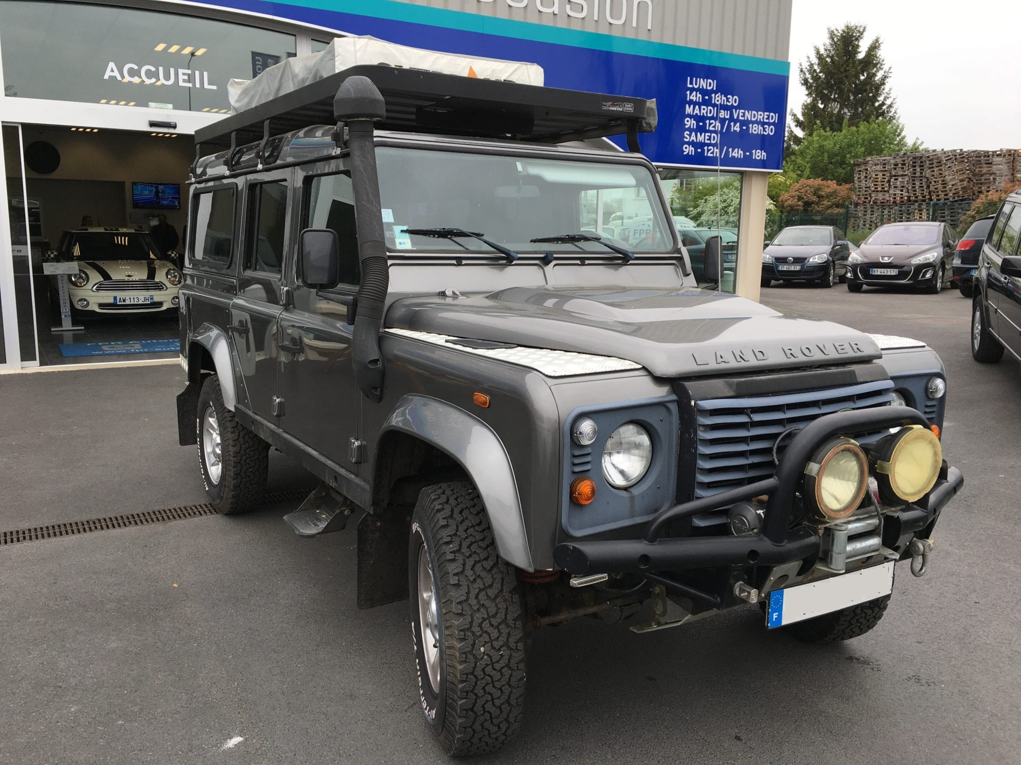 Land_Rover  DEFENDER  - Image 7