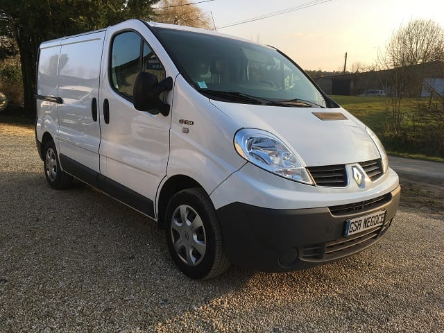 Renault Trafic II 2.0 dci 90 L1H1 extra - Image 2