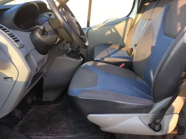 Renault Trafic II 2.0 dci 90 L1H1 extra - Image 7