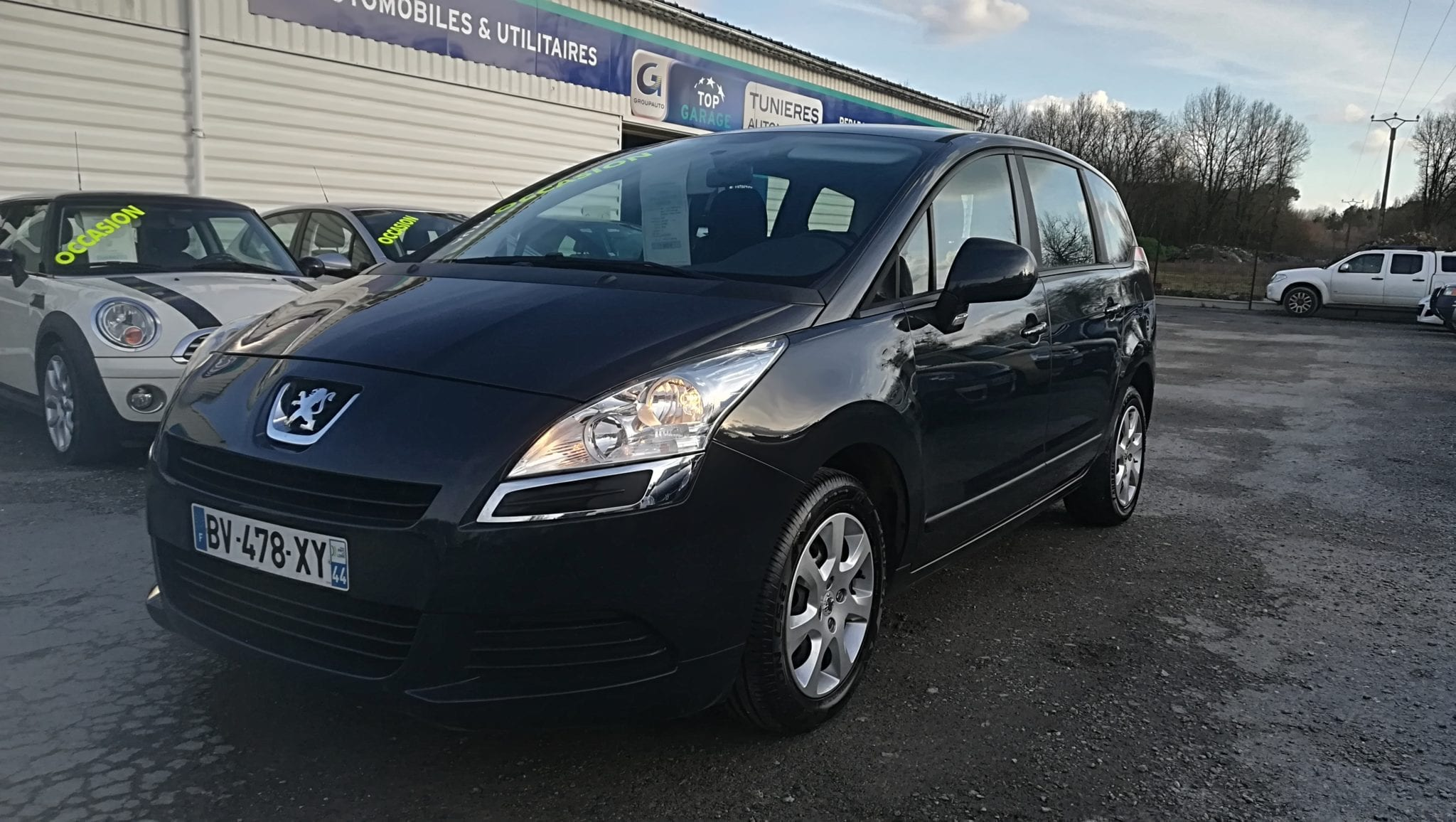 Peugeot 5008 1.6 L HDI 112 CV BVM FINITION ACCESS 5 PLACES - Image 1
