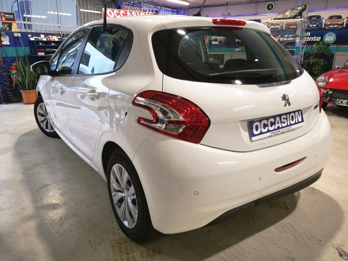 Peugeot 208 1.4 hdi 70 ch access - Image 3