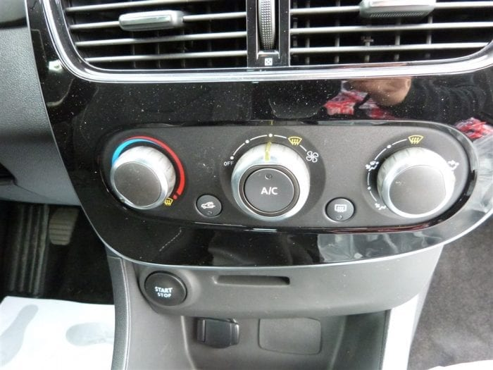 Renault Clio iv limited - Image 10