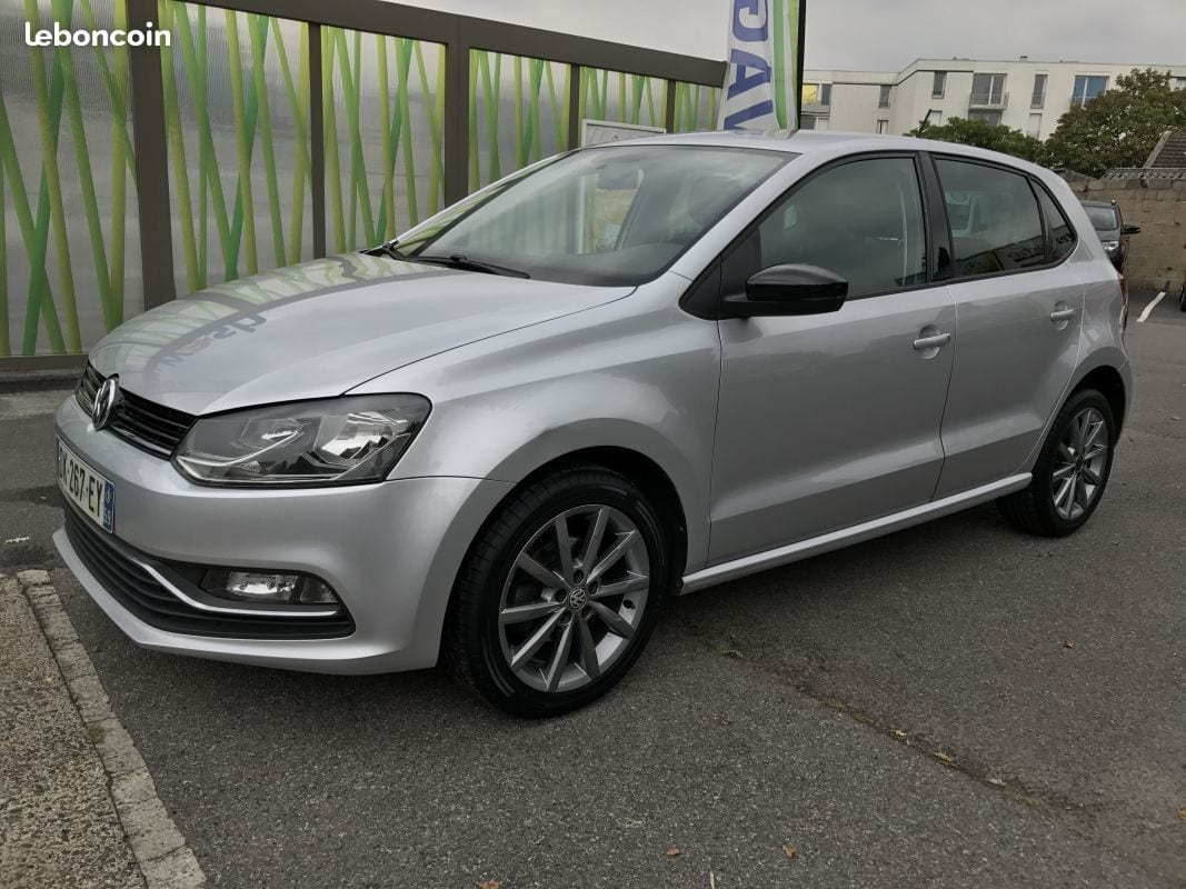 VOLKSWAGEN POLO - Image 2