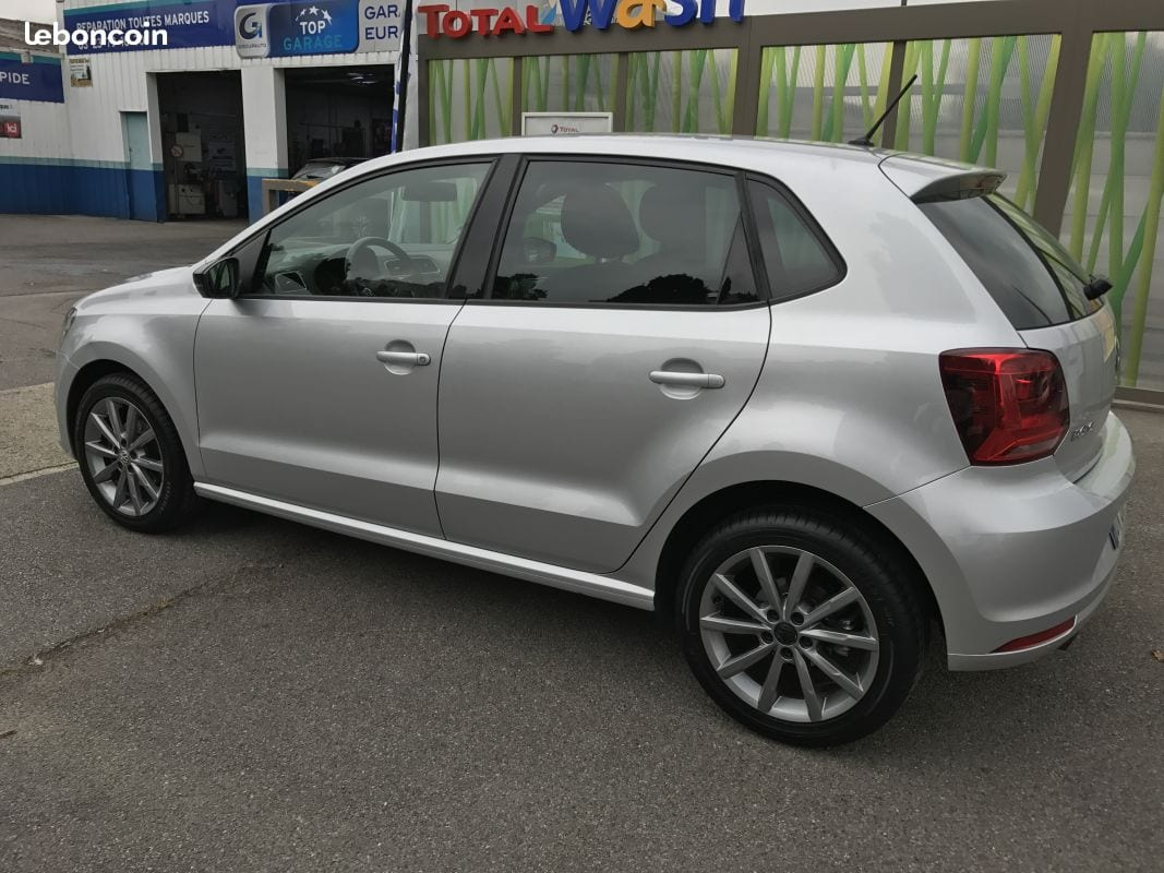 VOLKSWAGEN POLO - Image 4