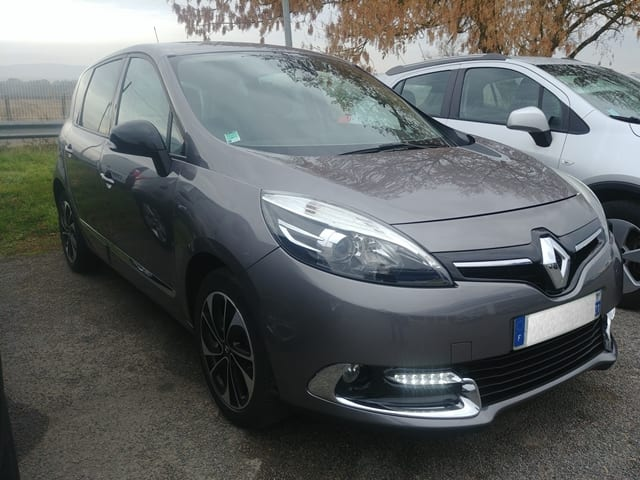 Renault RENAULT SCENIC 3-1.5 DCI 110cv ENERGY BOSE - Image 1