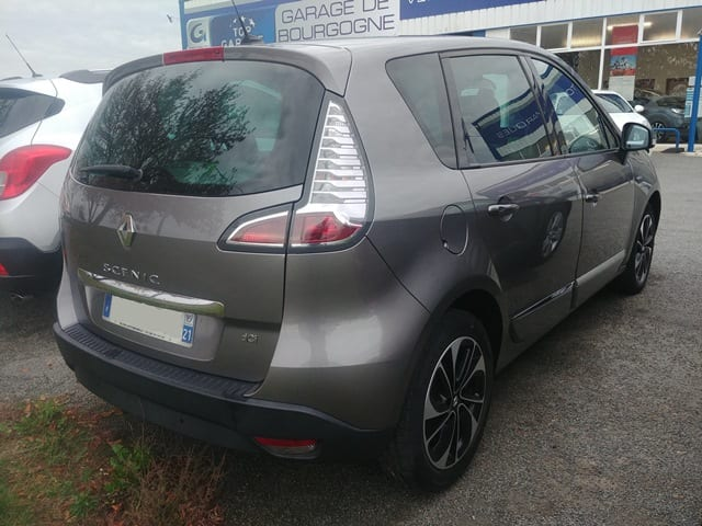 Renault RENAULT SCENIC 3-1.5 DCI 110cv ENERGY BOSE - Image 2
