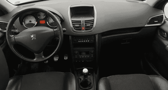 Peugeot 207 1.6 HDI 110 FAP GRIFFE - Image 3