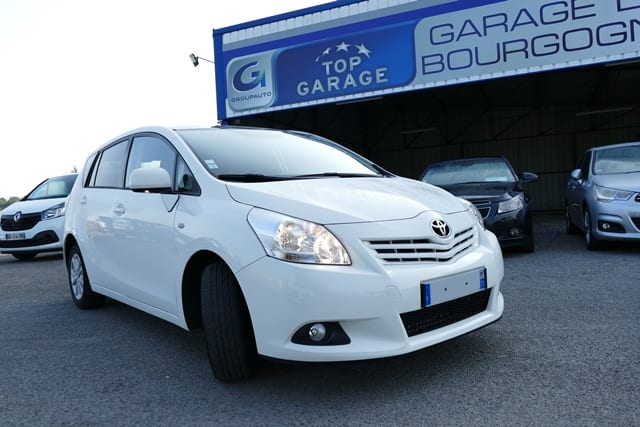Toyota Verso 126 d-4d skyview 7places - Image 1