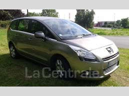 Peugeot  5008 1.6 e-hdi 112 fap business pack bmp6 - Image 4