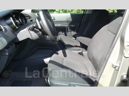 Peugeot  5008 1.6 e-hdi 112 fap business pack bmp6 - Image 5