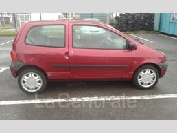Renault TWINGO (3) 1.2 16S EXPRESSION - Image 2