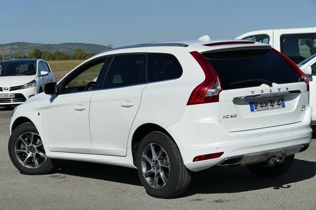 Volvo Volvo xc60 (2) d4 awd ocean race geartronic 6 - Image 2