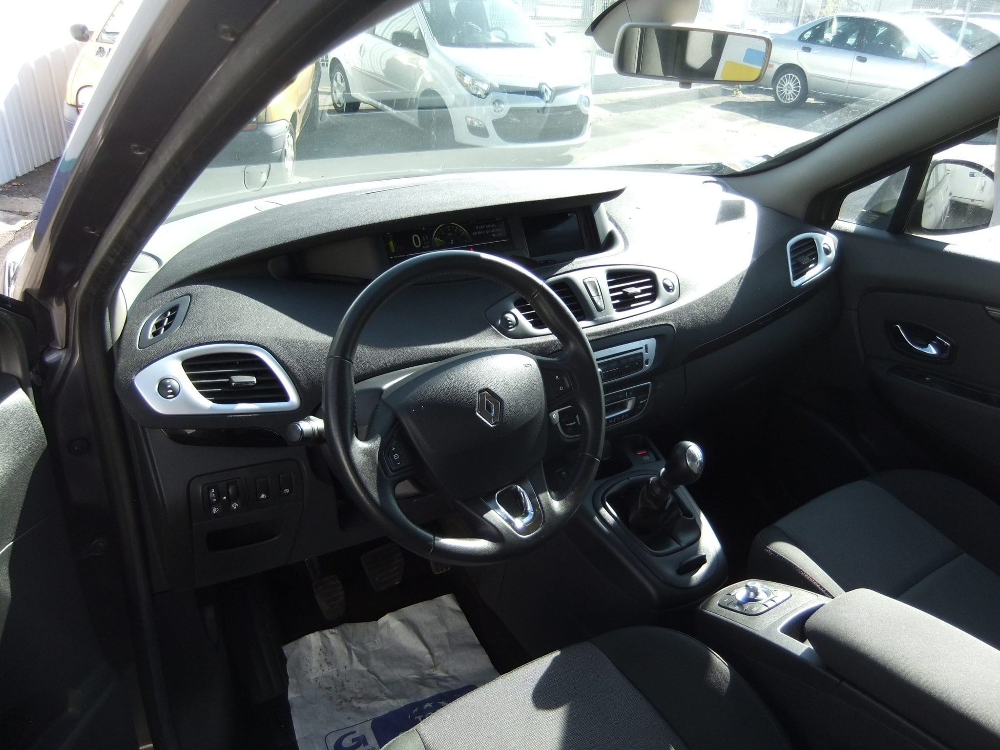 RENAULT SCENIC 3 DCI 110 Energy Business ECO 2  - Image 5